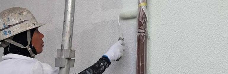 外壁塗装 中塗り作業(2回目)