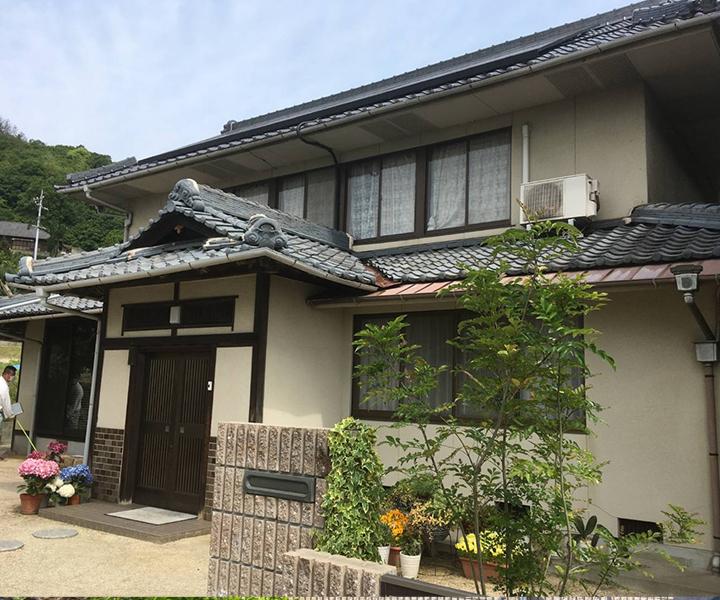 笠岡市 神島 屋根葺き替え・外壁塗装工事(施工前2)