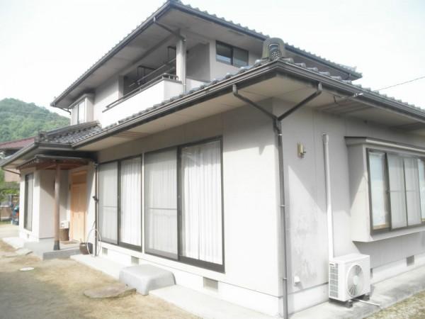 浅口市 外壁塗装・ひび割れ補修リフォーム工事(施工前1)