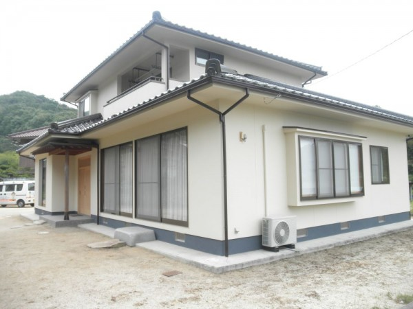 浅口市 外壁塗装・ひび割れ補修リフォーム工事(施工後2)